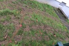 Unser Nachbar hatte noch tiefere Furchen in seinem Garten - noch nicht mal eine Entschuldigung ist erfolgt.